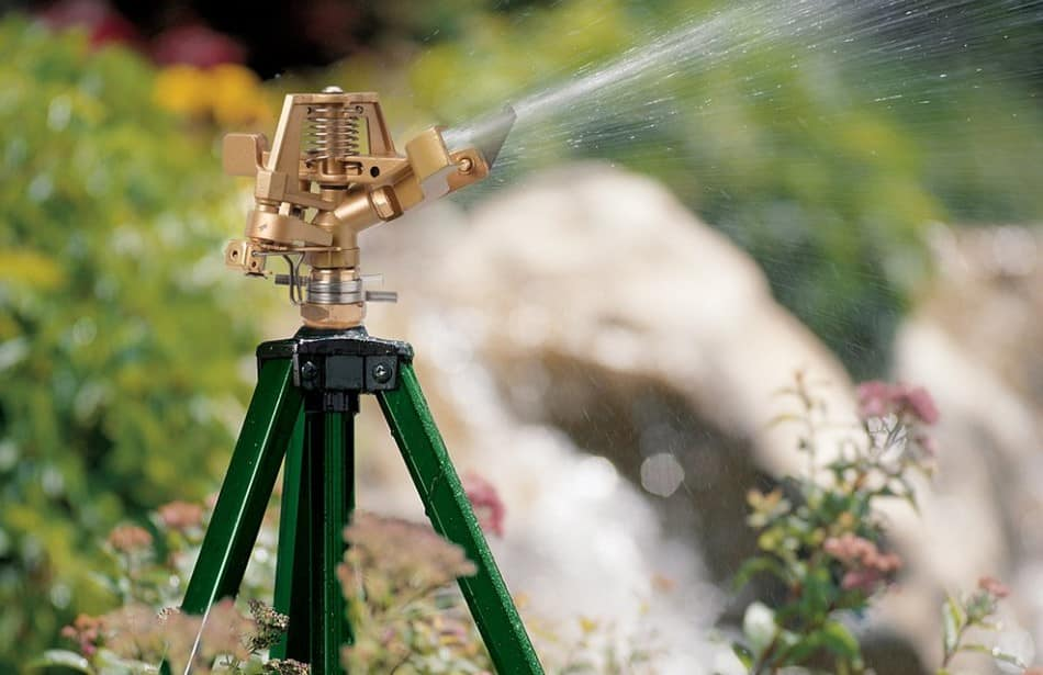 Best Tripod Sprinkler Review and Buying Guide