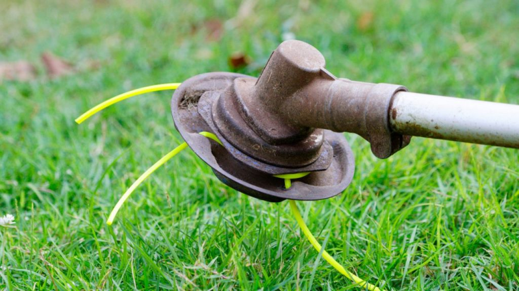 Best Universal String Trimmer Head Review and Buying Guide