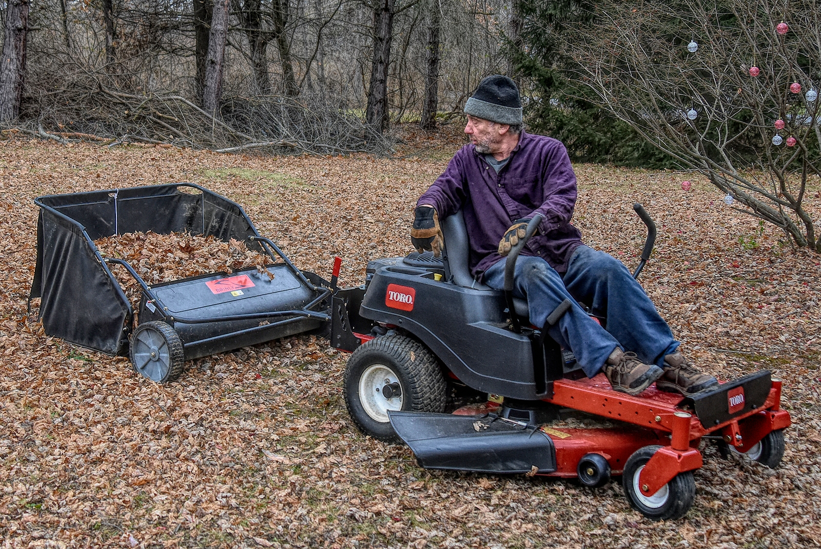 The Best Lawn Sweeper: A Complete Guide And Recommendations For Outdoor Spaces